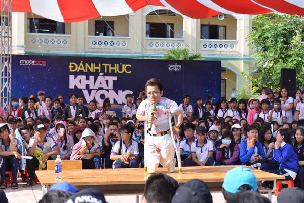 MobiFone tiếp lửa khát vọng đến 10 vạn thanh niên Việt