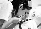 Cô gái mù và hành trình kì diệu trở thành thợ trang điểm