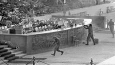 Ngày này năm xưa: Tổng thống bị ám sát giữa lễ diễu binh
