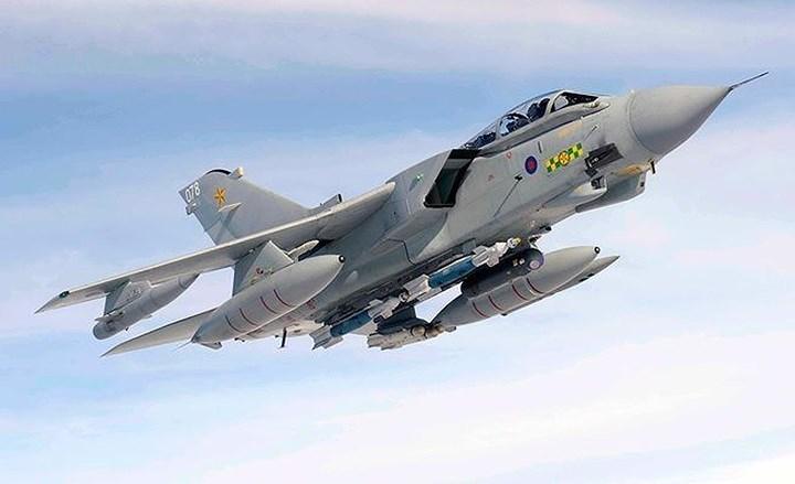 chiến đấu cơ,máy bay quân sự,vũ khí