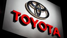 Toyota triệu hồi 2,4 triệu xe ô tô động cơ hybrid do có thể gây ra tai nạn