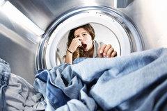 Để giặt quần áo ngày mưa không là ác mộng