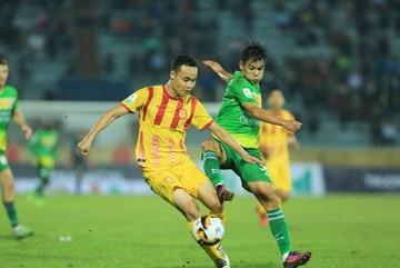 Cần Thơ vs Nam Định: Vé xuống hạng cho ai?