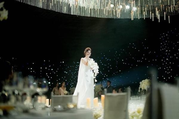 Lần đầu tiên Nhã Phương chia sẻ ảnh Trường Giang sau đám cưới