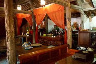 Điều kỳ diệu trong ngôi nhà cổ gần 400 tuổi ở Hà Nội