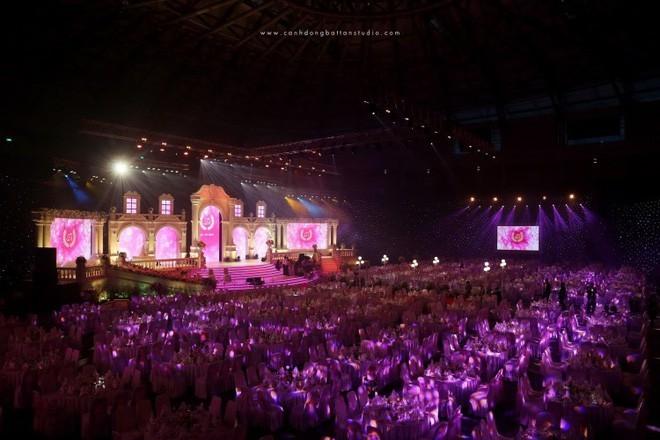 Bất ngờ về đại gia đứng sau đám cưới 'siêu khủng', mời cả dàn sao Việt hát mừng ở Đà Nẵng