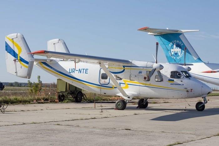 Những chiếc máy bay của 'Người khổng lồ' Antonov chờ được hồi sinh