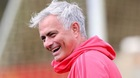 Mourinho muốn... bị MU sa thải, Juventus méo mặt với Ronaldo