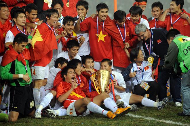 Tuyển Việt Nam 'chốt' đội hình AFF Cup: Thua để thắng