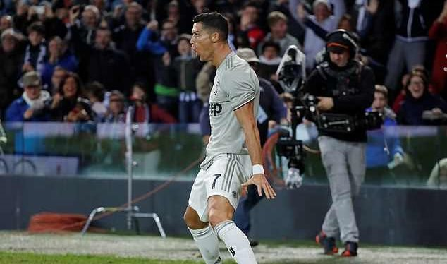 Real thua sốc: Ramos 'phủi' Ronaldo, Lopetegui nói cứng