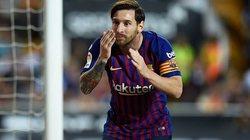 Được Messi giải cứu, Barca vẫn mất ngôi đầu