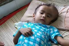 Hai lần phẫu thuật chưa hết khối u, cậu bé tuyệt vọng cầu cứu