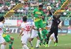 Cần Thơ xuống hạng, Nam Định đá play-off