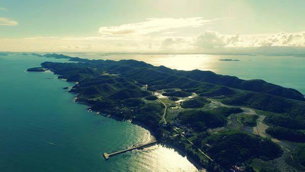Những hòn đảo đẹp mê hồn ở Quảng Ninh