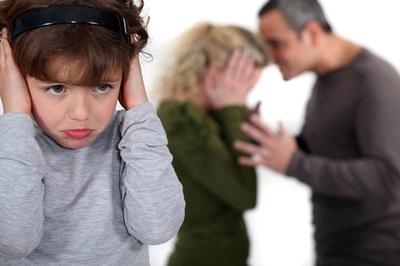 Bạo lực gia đình: tố cáo ra sao?