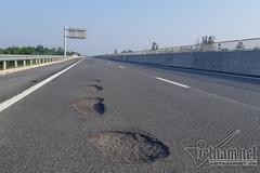 Bộ trưởng Nguyễn Văn Thể yêu cầu dừng thu phí cao tốc 34.000 tỷ