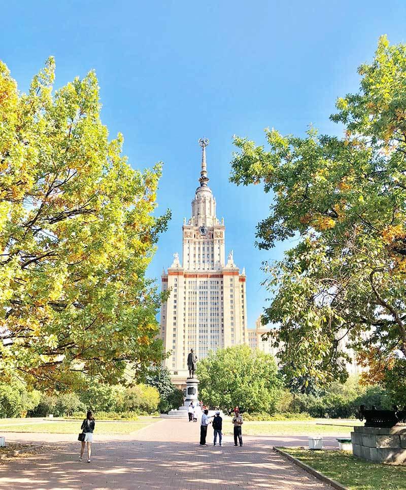 Mùa thu nước Nga đến muộn vẫn hút hồn bao du khách