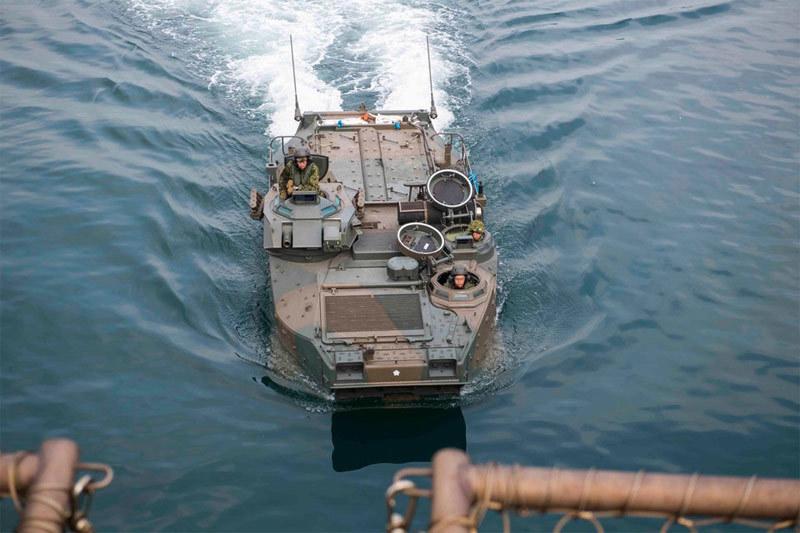 Xem lính thủy đánh bộ Nhật tập trận cùng Mỹ ở Philippines