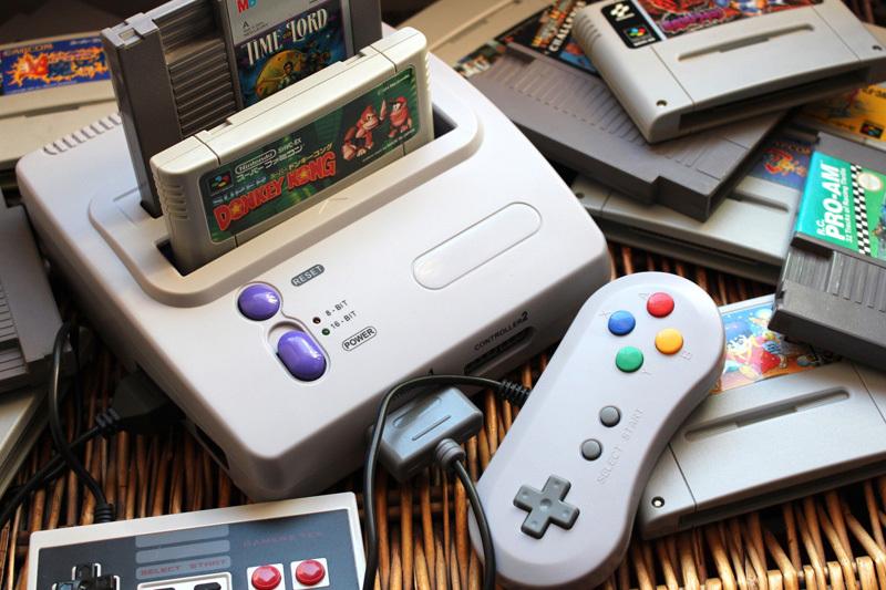 Trở về tuổi thơ với máy chơi game 8 bit cầm tay