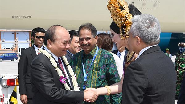 Thủ tướng đến Bali, Indonesia