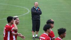 HLV Park Hang Seo xới tung, chọn người thay Văn Thanh