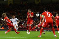 Tây Ban Nha đè bẹp Xứ Wales vắng Gareth Bale
