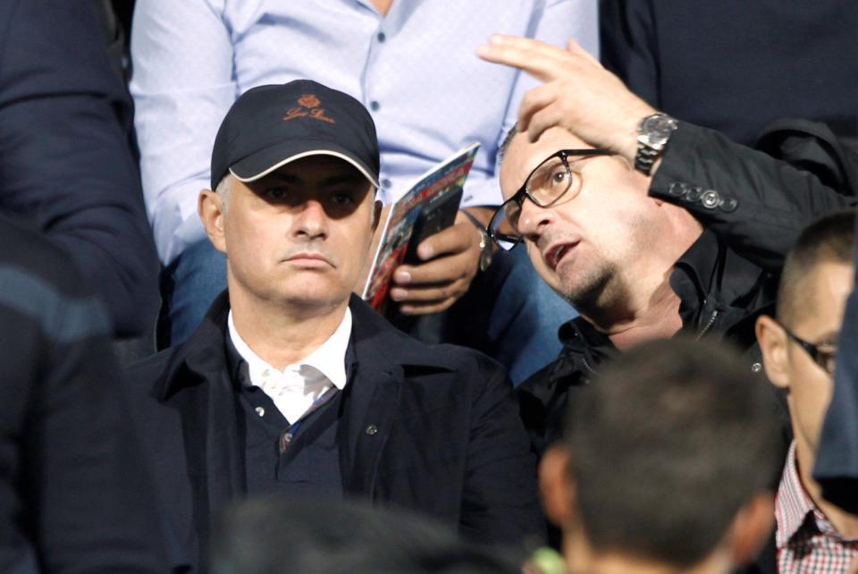 MU nhận cảnh báo khi Mourinho đi xem giò Milikovic-Savic