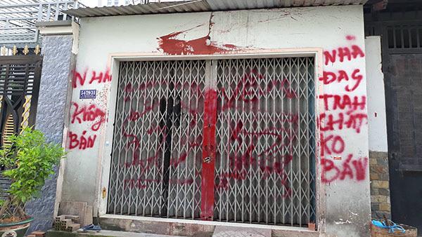 Chính quyền lập chốt bảo vệ nhà cô giáo viết đơn xin 'giang hồ' đi dạy