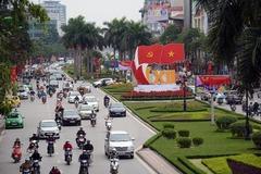Không phải cứ viết lên trán chữ 'cộng sản' là được dân yêu