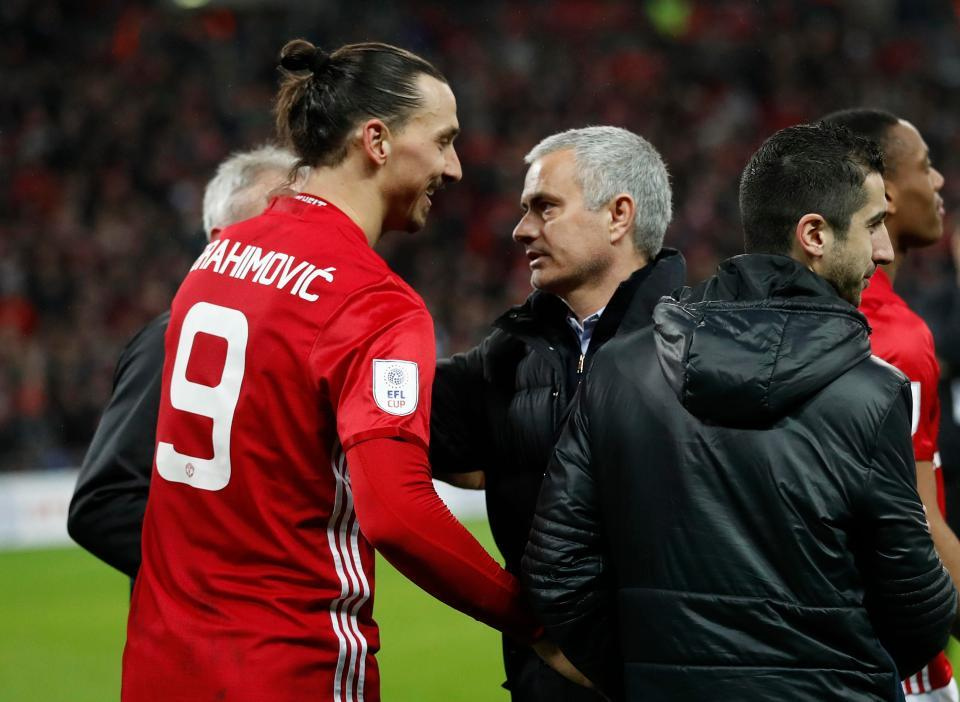Mourinho cầu cứu Ibrahimovic, Alexis Sanchez được giải phóng