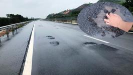 Ổ gà chi chít cao tốc 34.000 tỷ: Vá xong, tay không bóc nhựa sau mưa