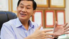 Gói hàng quốc cấm 'trên trời rơi xuống': Vợ chồng giám đốc bị bắt giam, tống tiền