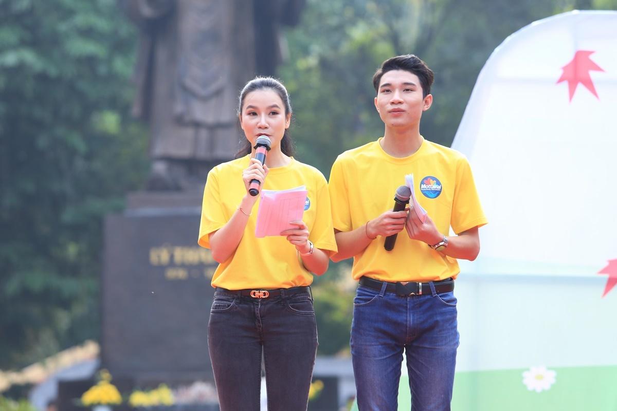 Lương Giang rạng rỡ làm MC ngày hội Mottainai 2018