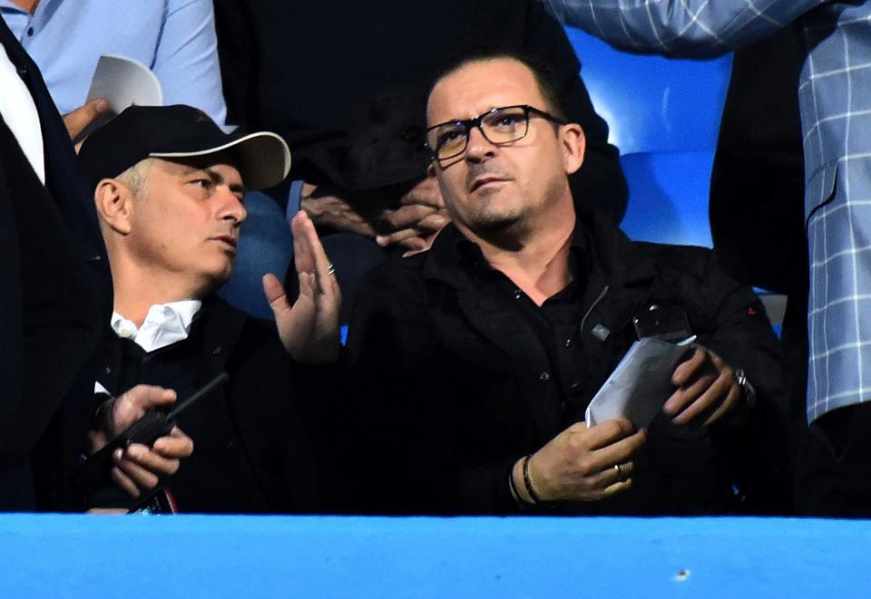 MU vung 50 triệu bảng mua trung vệ 'Vidic mới'