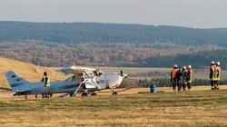 Máy bay lao vào đám đông, 3 người chết