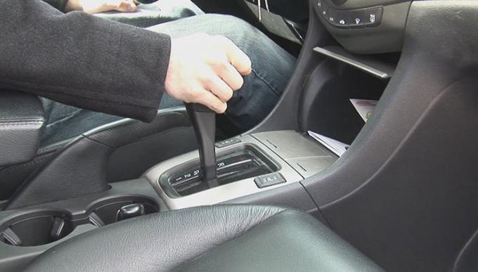 Những lỗi phanh ô tô - người lái mới thường mắc phải