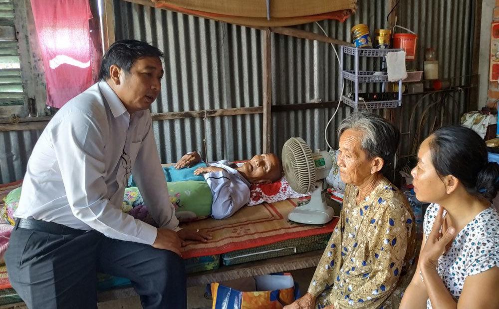Cháu gái bị điện giật chết, ông ngoại lên cơn đau tim nhập viện