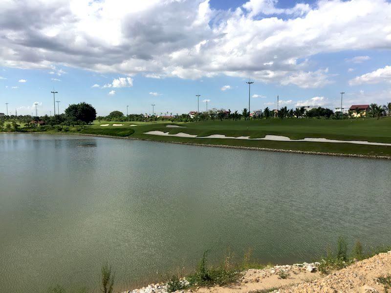 Bên trong khu Him Lam Long Biên xin chuyển đất sân golf thành nhà để bán