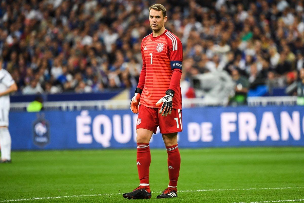 Đức sắp xuống hạng: Sống mòn với Joachim Low