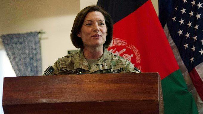 Chân dung nữ tướng đầu tiên lãnh đạo Lục quân Mỹ