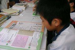 Giáo viên gắn mác 'Tây' tràn ngập trung tâm tiếng Anh châu Á