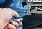 'Dở khóc dở cười' khi chìa khoá thông minh ô tô hết pin, cách mở cửa đơn giản