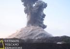 Tàu du lịch suýt trúng 'bom' dung nham từ núi lửa