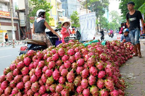 Nỗi đau: Khi hàng Việt 'triệt tiêu' trên kệ hàng siêu thị Việt