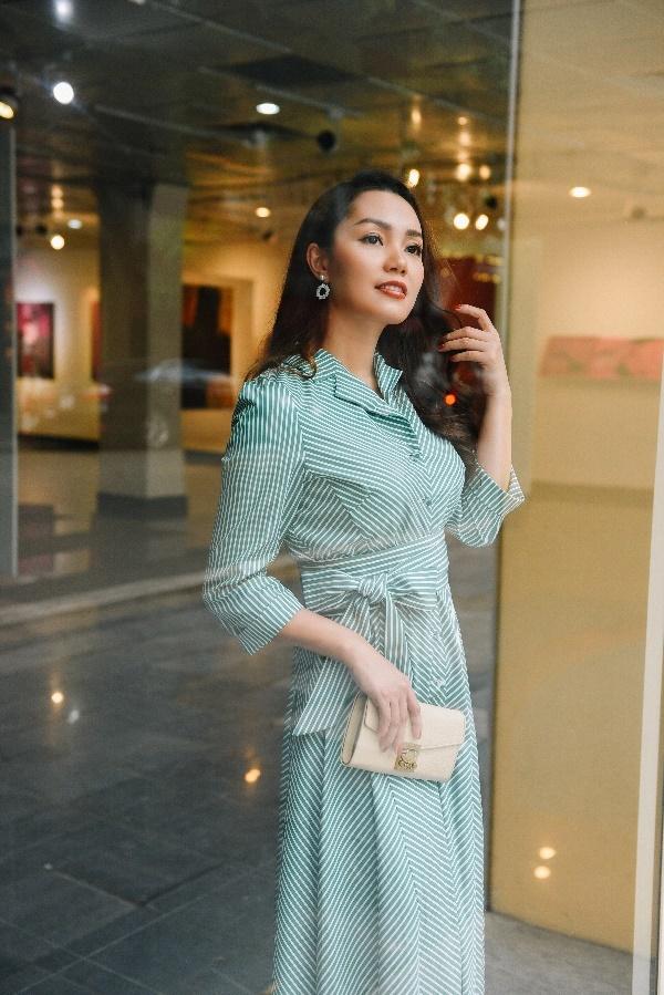 Nguyễn Ngọc Anh diện style tiểu thư trong ngày se lạnh