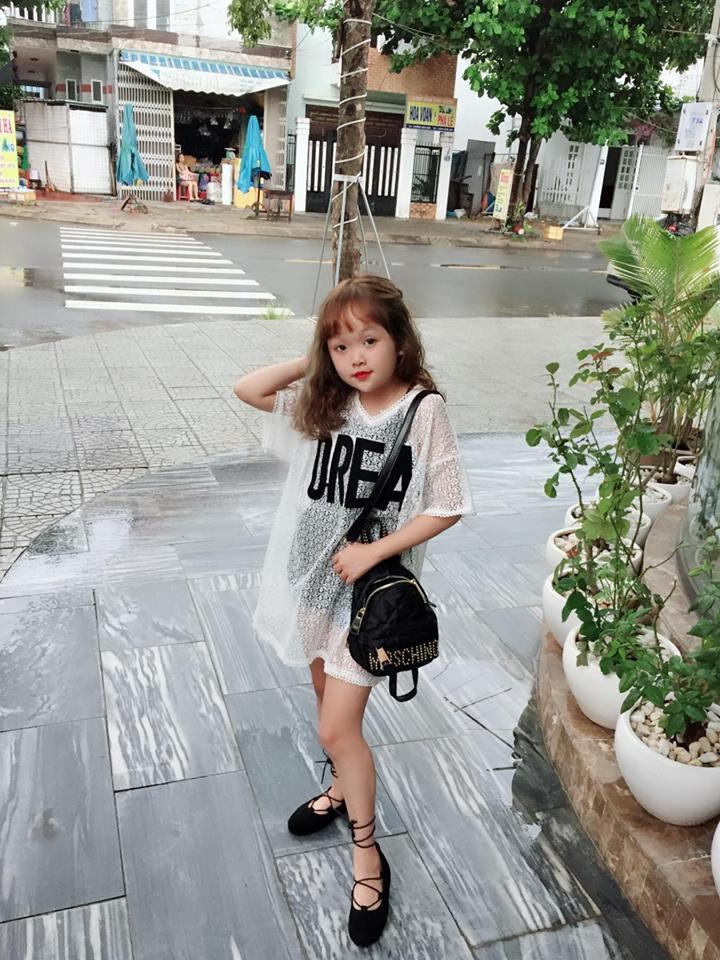Thiếu nữ Gia Lai 19 tuổi bị nhầm là trẻ con vì cao 1,25 m, nặng 25 kg