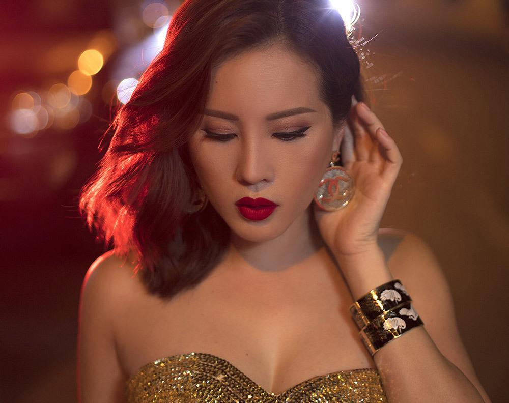 'Đàn bà bị chồng đánh': Quá khứ bi thương của hoa hậu Sài thành