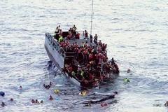Ngày này năm xưa: Hơn 350 người chết đuối ngoài khơi Indonesia