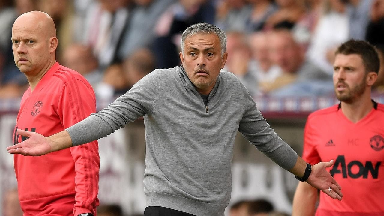 Đại chiến Chelsea vs MU: Hazard một lần nữa lật đổ Mourinho?