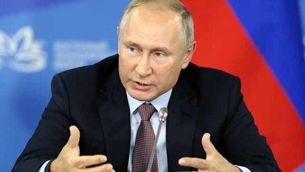 Putin khoe vũ khí 'độc'